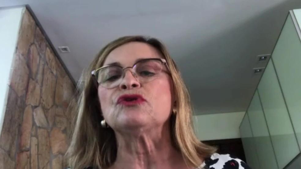 Segundo Liana Ventura, óculos não são garantia de proteção e quem usa lente de contato precisa redobrar os cuidados — Foto: Reprodução/TV Globo