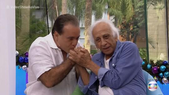 Tony Ramos 'invade' 'Vídeo Show' para homenagear Flávio Migliaccio: 'Grande artista brasileiro'