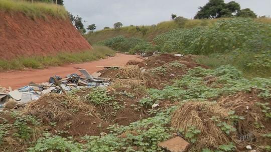 Obras de anel viário em Lavras estão paralisadas e empresa alega falta de repasses