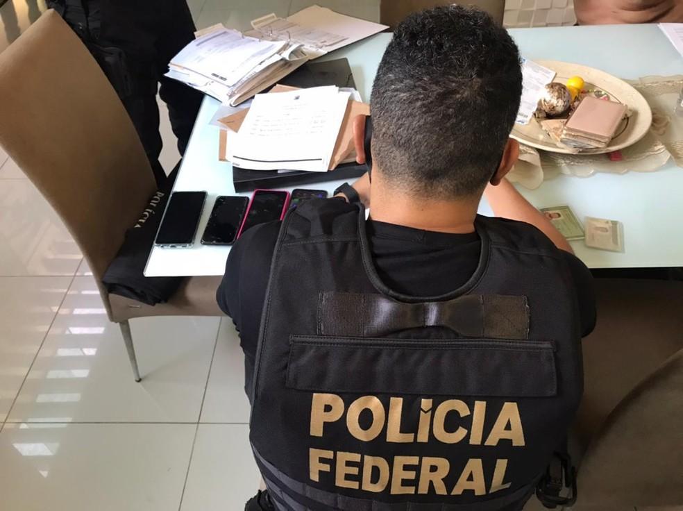 Mandados foram cumpridos nos municípios de São Luís, Bacurituba e Bom Jesus das Selvas. — Foto: Divulgação/Polícia Federal