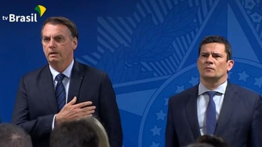 Com Moro, Bolsonaro assina MP sobre venda de bens do tráfico