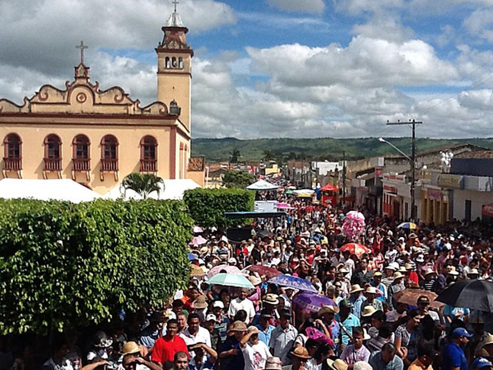 Milhares de pessoas acompanhavam a Romaria (Foto: Divulgação)