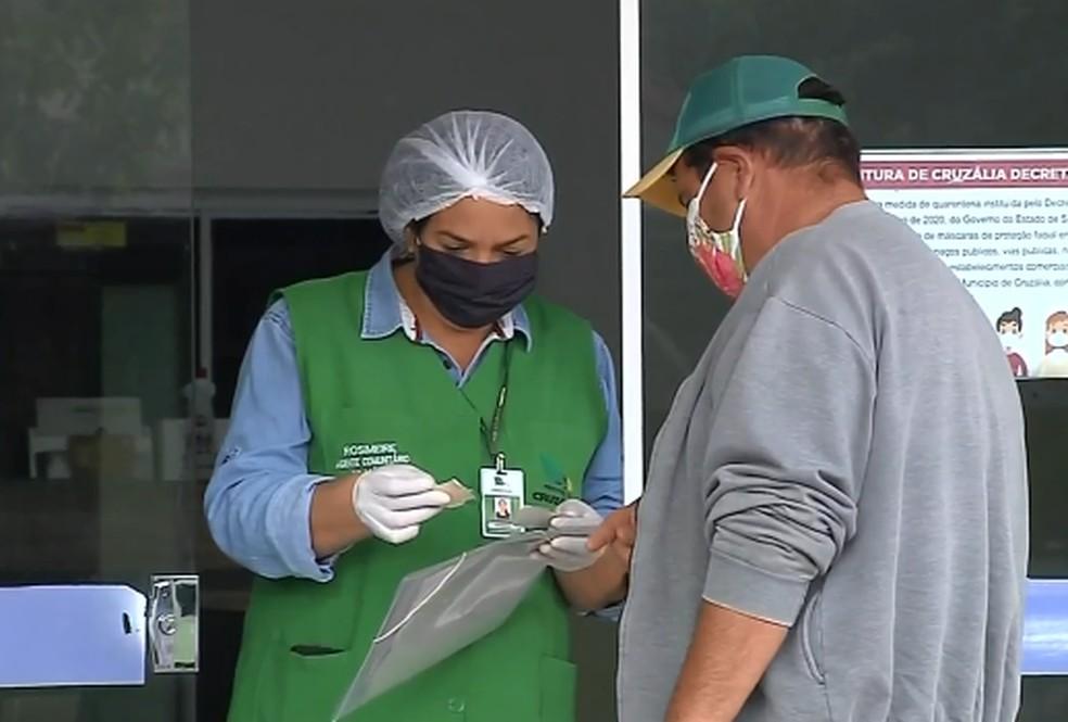 Cruzália adotou regras de combate ao coronavírus desde o início da pandemia — Foto: TV TEM/Reprodução