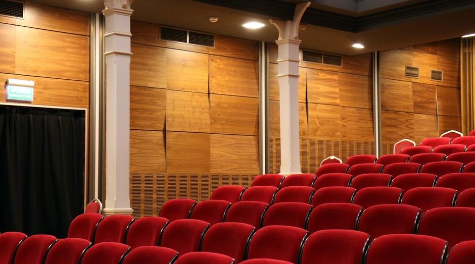 Cinema; auditório (Foto: Pexels)