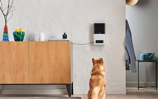 Este equipamento permite que você cuide do seu animal de estimação enquanto está no trabalho