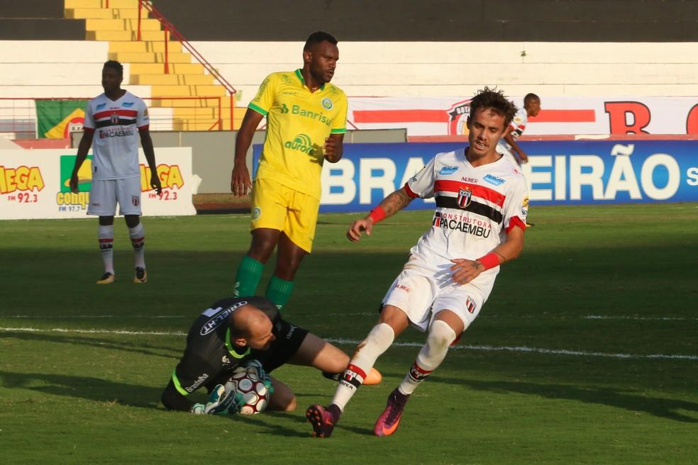 Jogador defendia o Ypiranga, que disputa a Série C do Brasileiro (Foto: Rogério Moroti/Agência Botafogo)