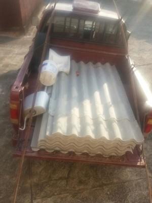 Veículo foi abordado com materiais furtados de escola municipal (Foto: Divulgação/Polícia Militar)