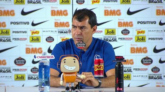 Carille diz que Corinthians tem forma de jogar, mas que ainda busca time ideal