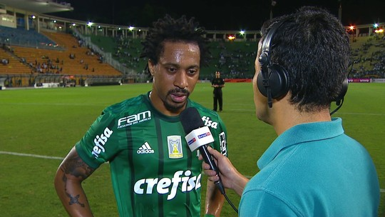 Arouca comemora volta aos gramados pelo Palmeiras após quase nove meses