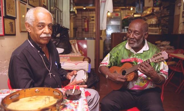 Walter Alfaiate e Nelson Sargento reunidos em 1999