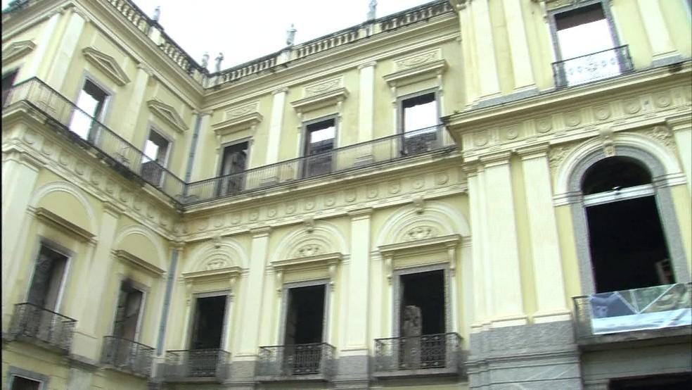 Fachada do Museu Nacional, na Quinta da Boa Vista, na Zona Norte do Rio de Janeiro (Foto: Reprodução/ TV Globo)