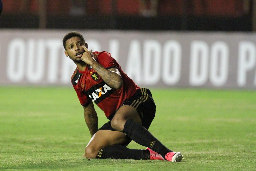 Sport decide afastar o atacante André (Foto: Marlon Costa / Pernambuco Press)