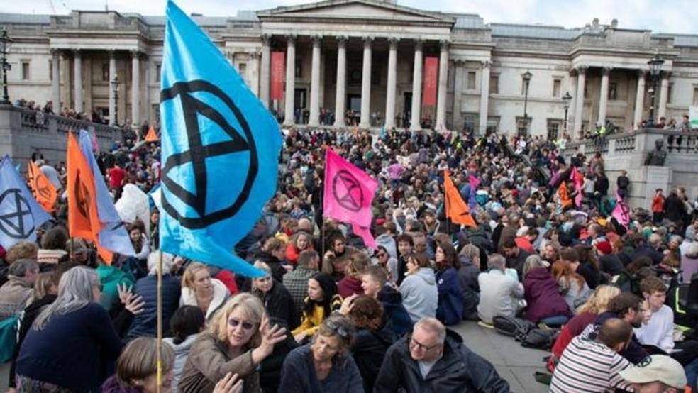 Protesto do Extinction Rebellion em praça de Londres neste ano — Foto: Getty Images/BBC