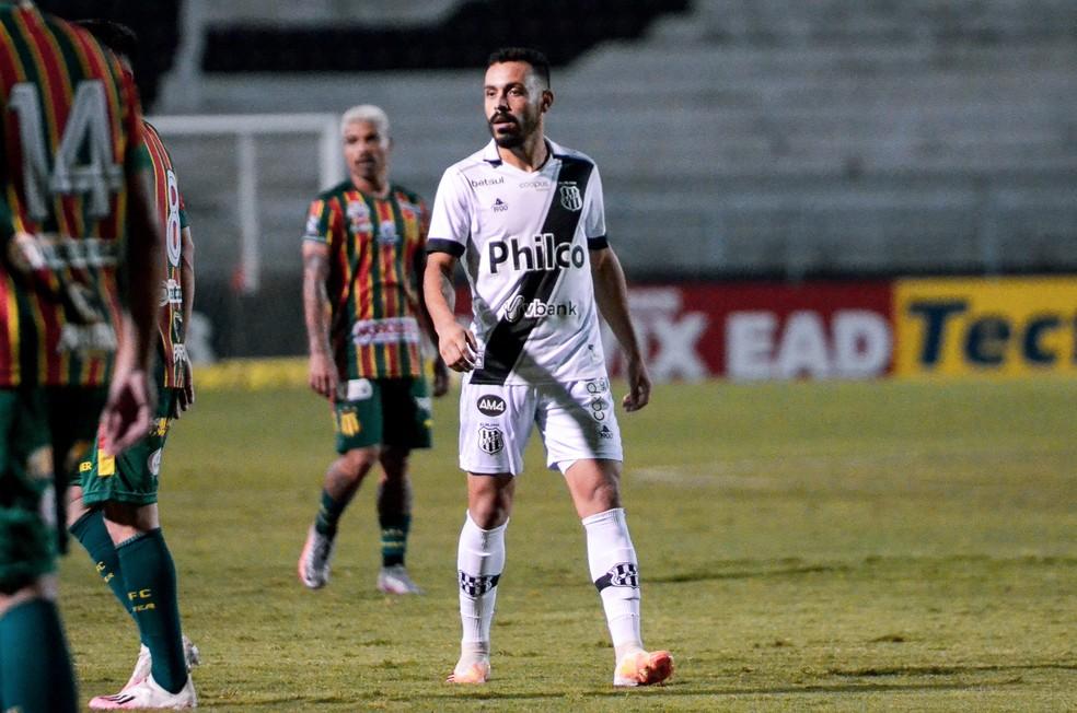 Moisés, atacante Ponte Preta — Foto: Álvaro Jr/ PontePress