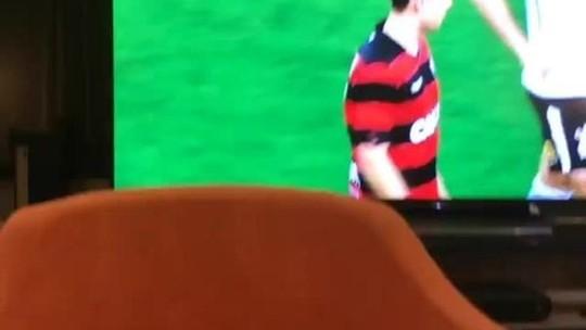 Afastado do Palmeiras, Felipe Melo posta vídeo de corintianos após derrota
