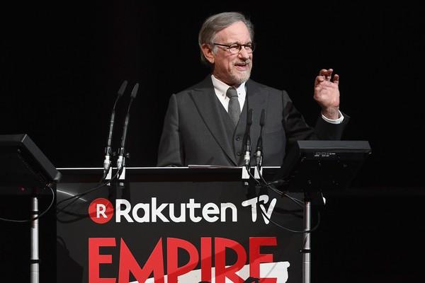 Steven Spielberg no evento que revelou o início das filmagens do quinto Indiana Jones em 2019 (Foto: Getty Images)