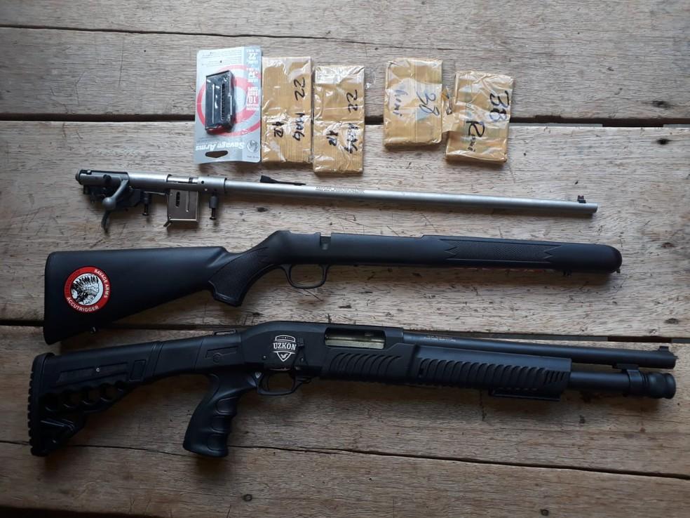Suspeito foi indiciado por tráfico e contrabando de armas em MS — Foto: DOF/Divulgação