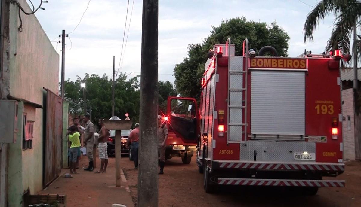 Explosão deixa casal, filho e vizinha feridos após mangueira de botijão de gás se soltar em quitinete em MT