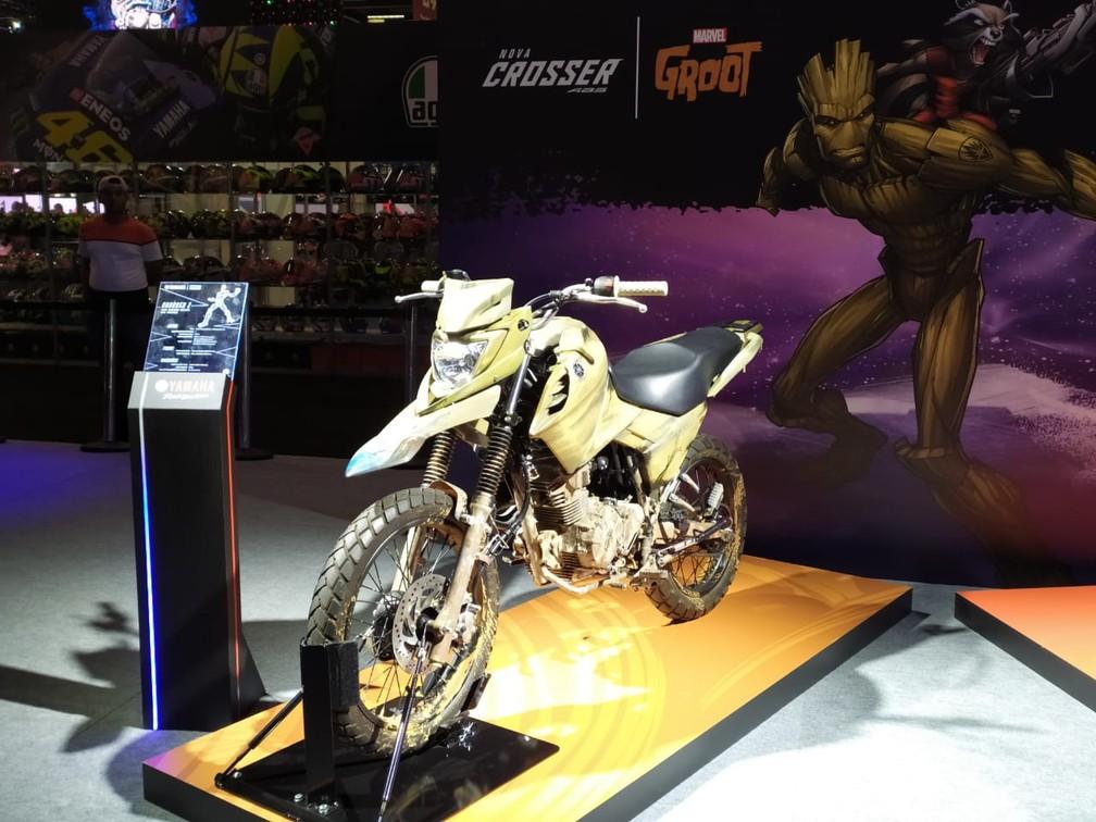 Yamaha Crosser inspirada em Groot, do filme Guardiões da Galáxia — Foto: Guilherme Fontana/G1