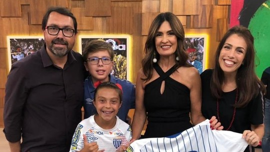 """Contratada pelo Avaí, catarinense de 9 anos conta sua história no """"Encontro"""""""
