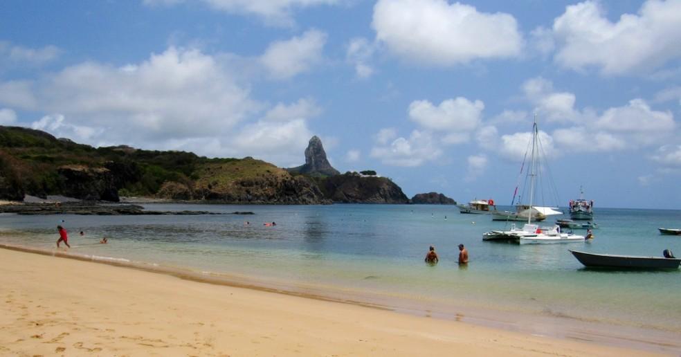 O mar está calmo na região do Porto de Santo Antônio, local do acidente, nesta quarta-feia — Foto: Ana Clara Marinho/TV Globo