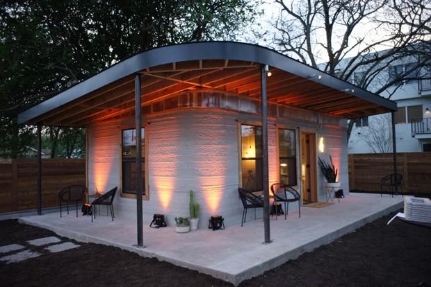 Casa de 60m² é feita com a impressora 3d Vulcan, desenvolvida pela empresa ICON (Foto: Divulgação / ICON)