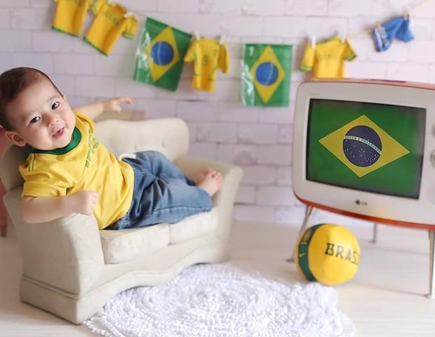 Ensaio Copa do Mundo (Foto: Reprodução Instagram/Roni Sanches Photo)