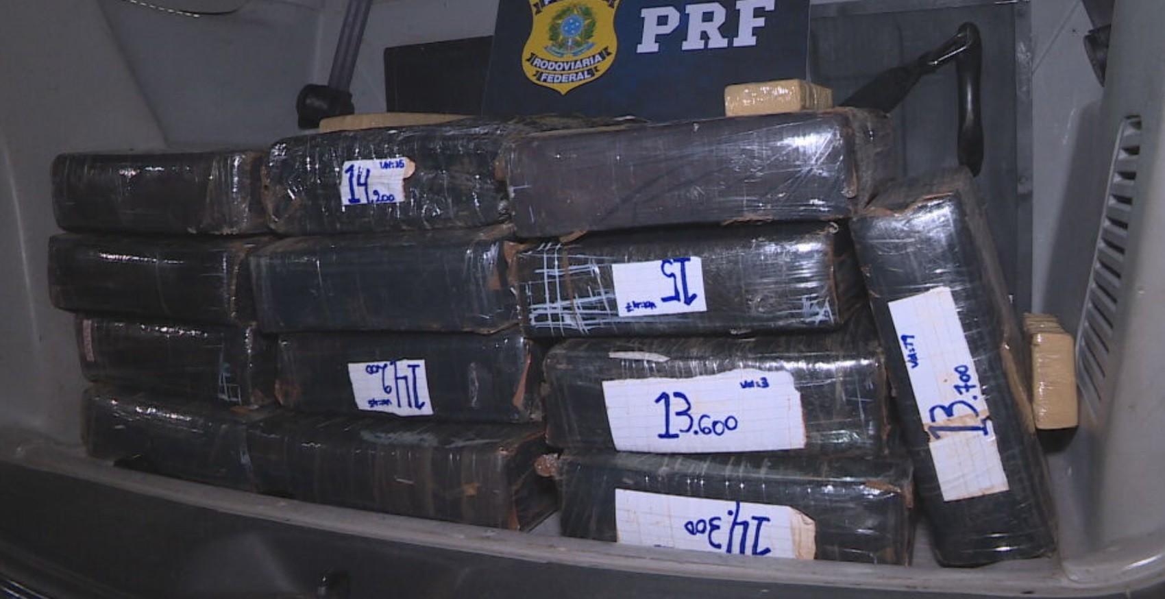 Polícia prende suspeito com 180kg de maconha dentro do carro, em Contagem