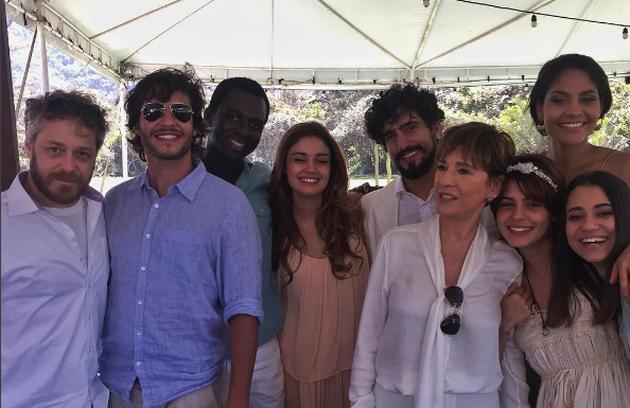 Outro clique dos bastidores do casamento da personagem de Julia Dalavia (Foto: Reprodução Instagram)