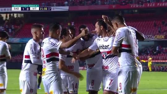 """Artilheiro-invicto, Nenê comemora fase de goleador no São Paulo: """"É um lucro, porque minha função é dar assistência"""""""