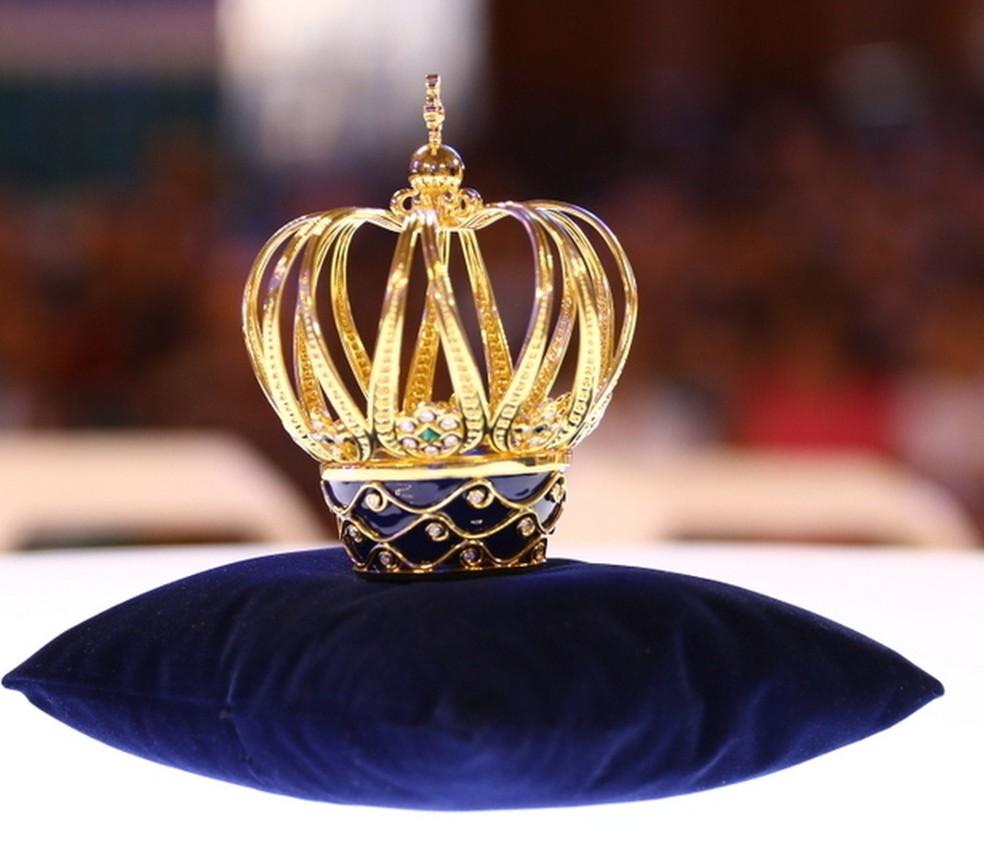 Coroa de ouro com pedras preciosas foi confeccionada para a celebração de 300 anos (Foto: Divulgação/A12 Santuário Nacional)