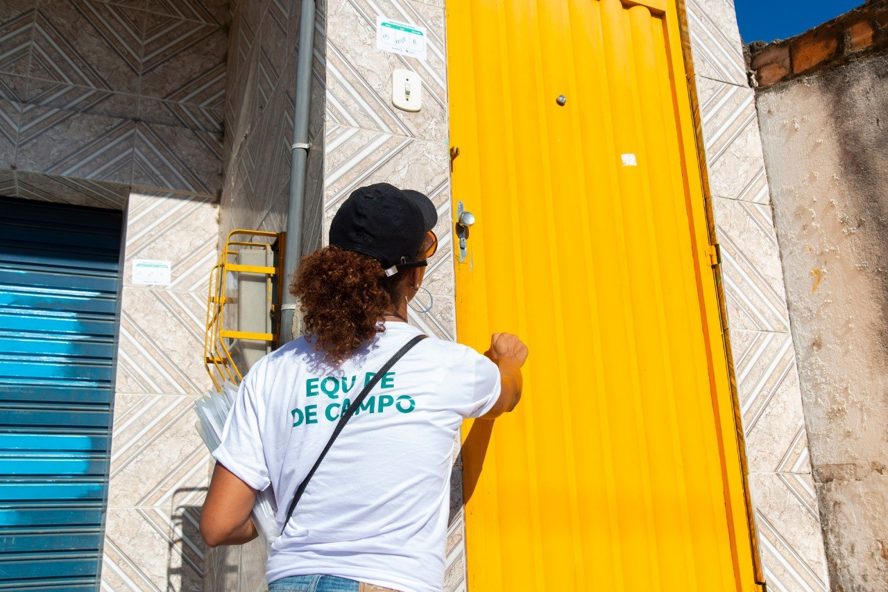 Braskem retoma visitas a imóveis afetados pelas rachaduras na Zona D, no Pinheiro, Maceió