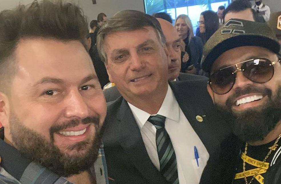 Diego e Arnaldo com Jair Bolsonaro — Foto: Reprodução/Instagram