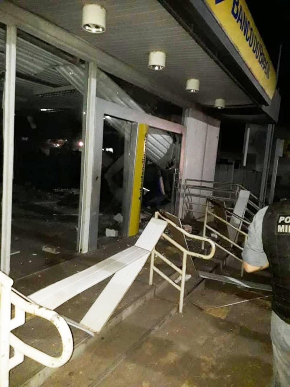 Agência bancária de Esperantinópolis-MA foi alvo de bandidos — Foto: Divulgação