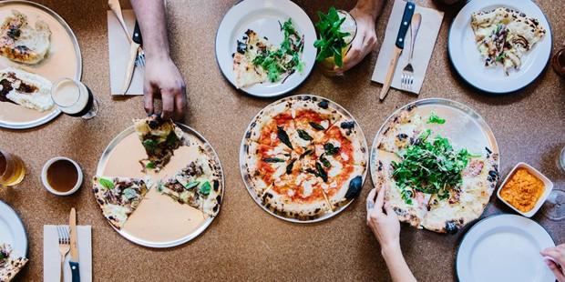 19 lugares incríveis para comer pizza em Nova York (Foto: Alex Welsh)
