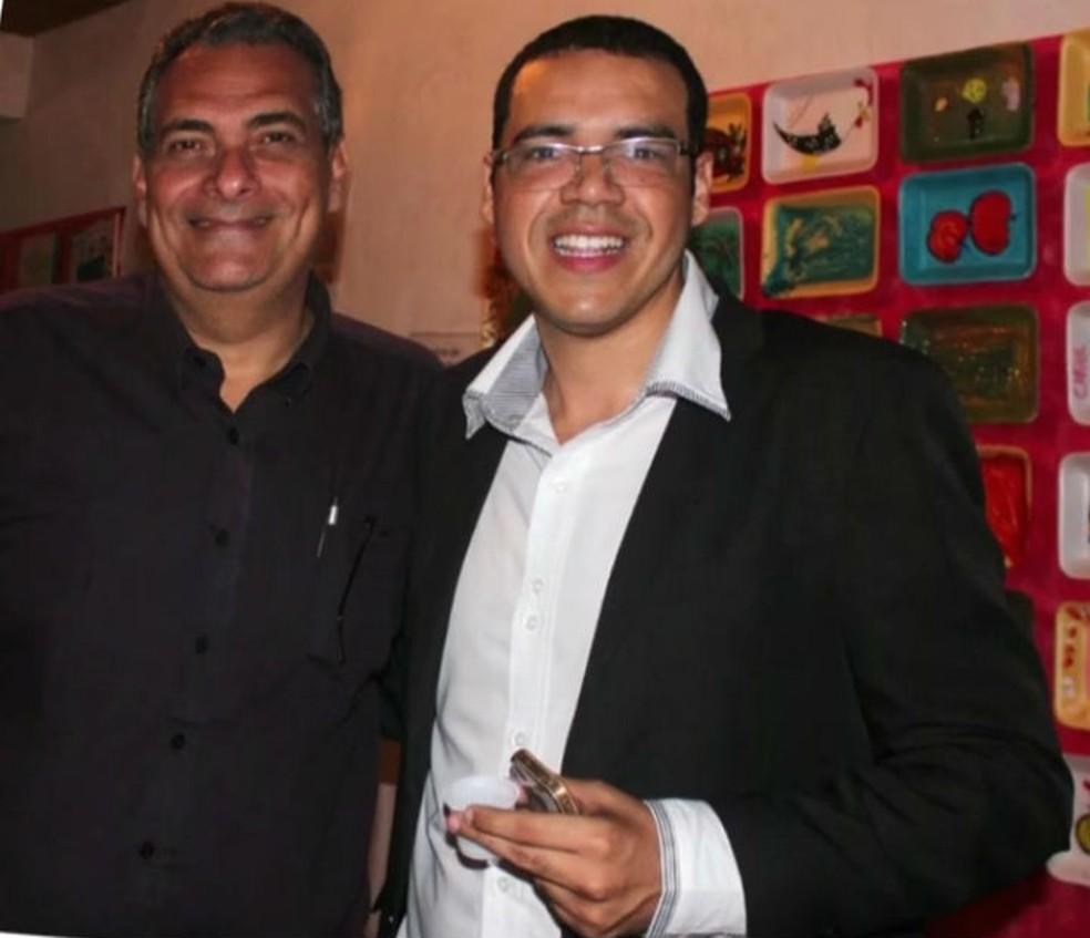 Jamil Ocké (à esquerda) junto com Kácio Clay (à direita), foram presos em Ilhéus em operação que apurava fraudes em licitações — Foto: Imagem/TV Globo