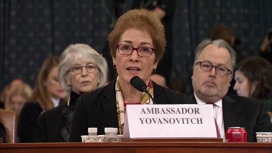Ex-embaixadora dos EUA na Ucrânia reafirma que se sentiu ameaçada por Trump