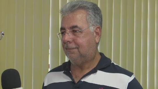 No Acre, clube da elite estadual reaproveita uniforme usado na base por rival; técnico explica