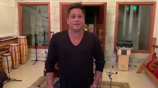 Cantor Leonardo chega em Umuarama com a sua turnê 'Bar do Léo'