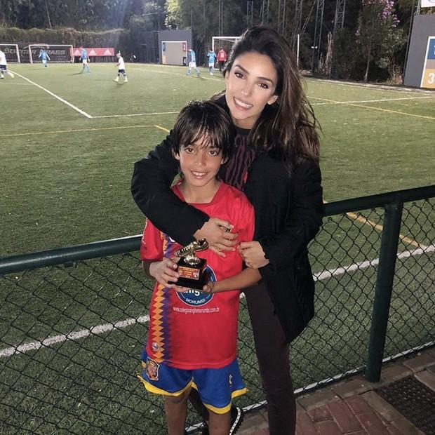 Caroline Celico e Luca (Foto: Reprodução/Instagram)