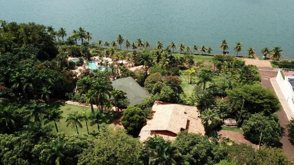 Vista aérea do Yquara Termas Hotel em Cachoeira Dourada, que oferece águas termais — Foto: Yquara Termas Hotel/Divulgação