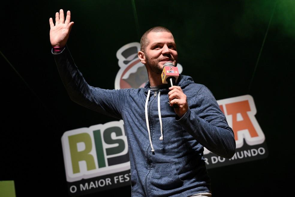 Humorista Victor Sarro traz seu show para Goiânia na quinta-feira — Foto: Divulgação