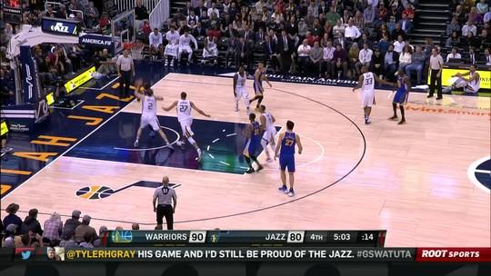 Warriors abrem, tiram pé, mas dobram Jazz e seguem absolutos na ponta