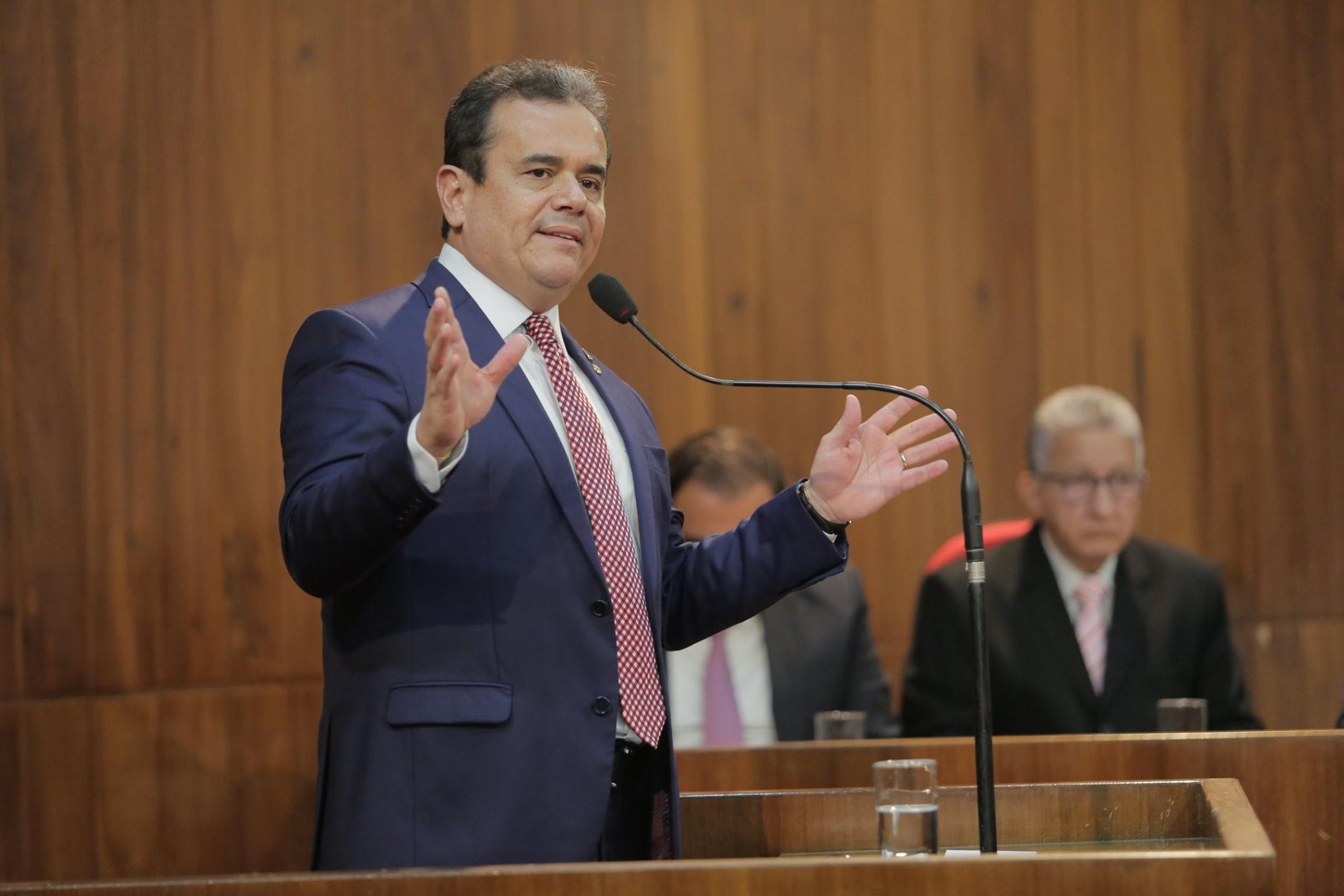Deputado estadual Henrique Pires é internado com 25% dos pulmões comprometidos pela Covid-19