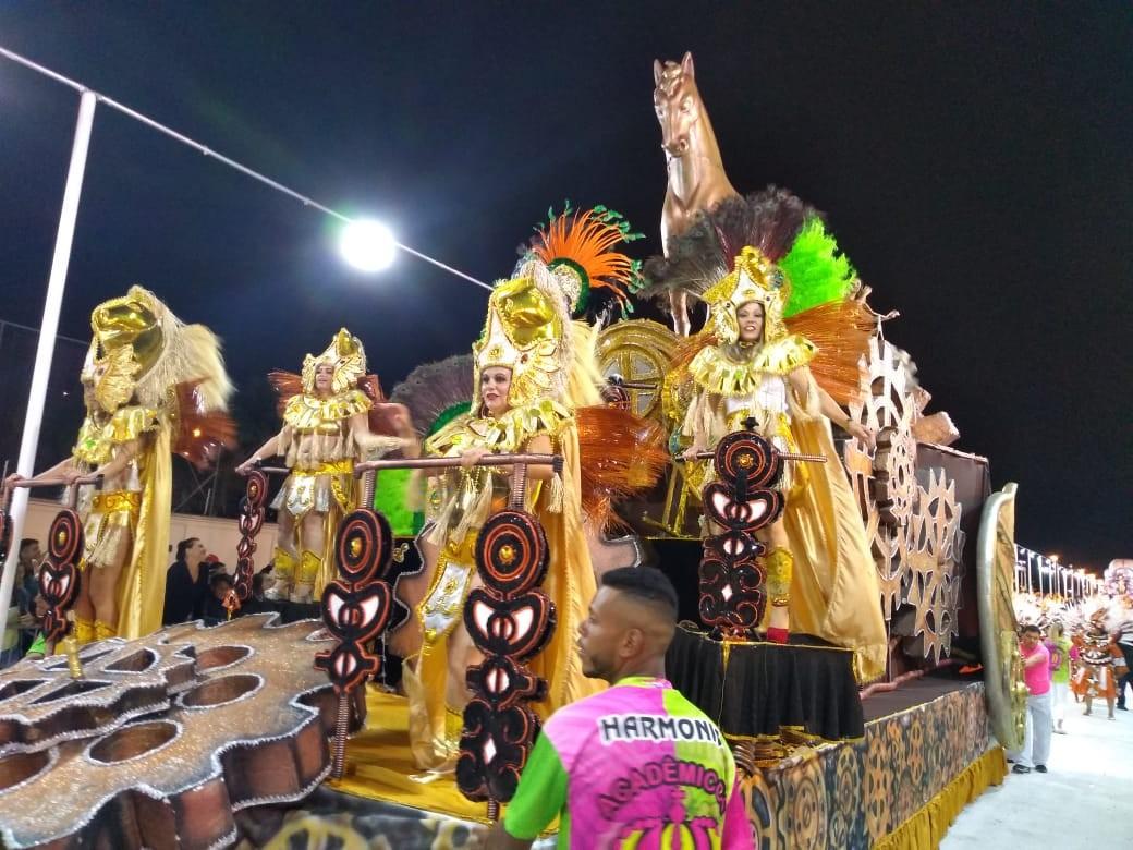 Confira a programação da segunda carnaval 2020 no Alto Tietê; destaque fica com apuração do desfile em Mogi