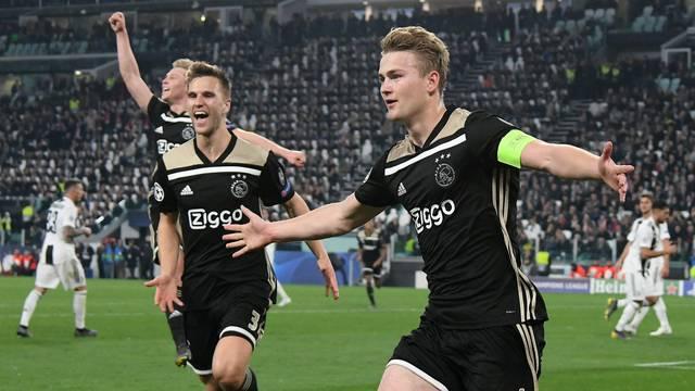 De Ligt gol Ajax Juventus Liga dos Campeões