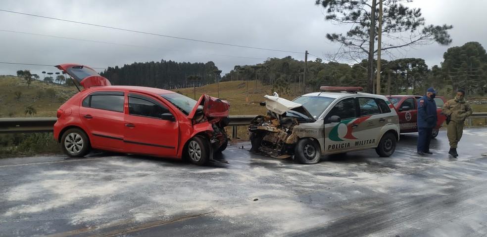 Acidente no início da manhã desta quinta-feira (28) — Foto: PMRv/Divulgação