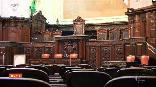 Alguns gabinetes de deputados do RJ são suspeitos de usar o esquema da 'rachadinha'
