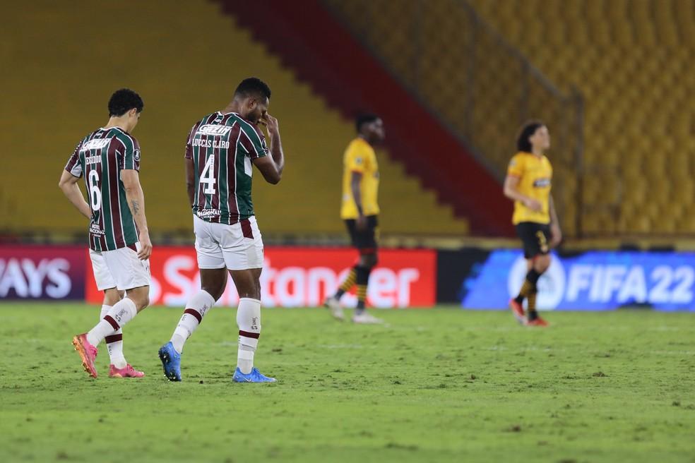 Luccas Claro e Egídio em Barcelona de Guayaquil x Fluminense — Foto: Staff Images / CONMEBOL