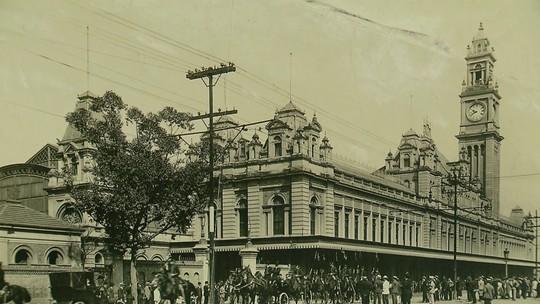 Arquivo Histórico de SP tem coleção de fotos das estações de trem que sobrevivem ao tempo